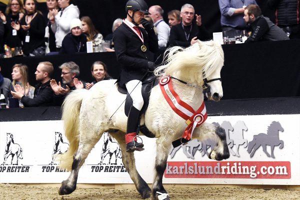 MCK2788 Finnbogi T1 winner 110217