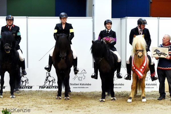 MCK8658 Winners 5-gait stallion show 240218 Skinfaxi