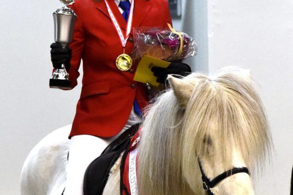 MCK2903 Sjóli and Steffi V1 Victory 220220