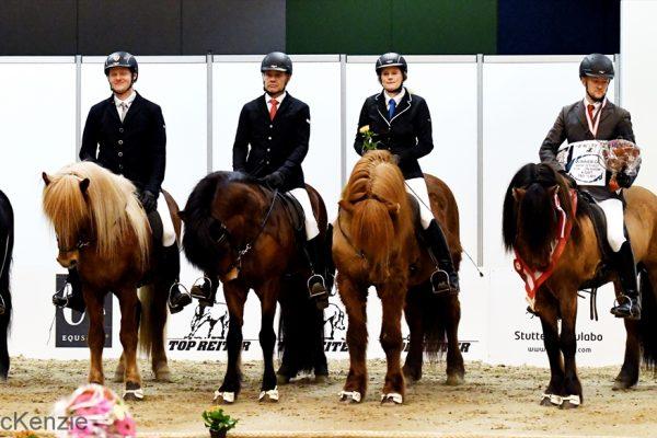 MCK1787 Winners 4-gait stallion show WT 240218