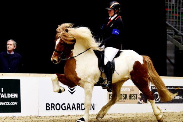 MCK2720 Vördur and Lisa V1 final 220220