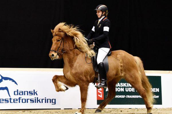 MCK3069 Elja and Frauke F1 final 200220